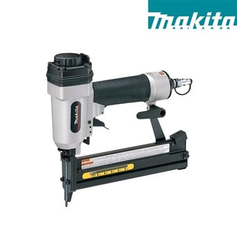 Grapadora Neumática MAKITA AT638